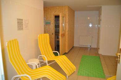 sauna keller. Black Bedroom Furniture Sets. Home Design Ideas